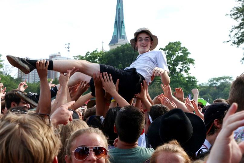 YENİ BELGESEL: WHY WE LOVE MUSIC FESTIVALS