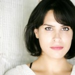 RÖPORTAJ: DESIREE AKHAVAN